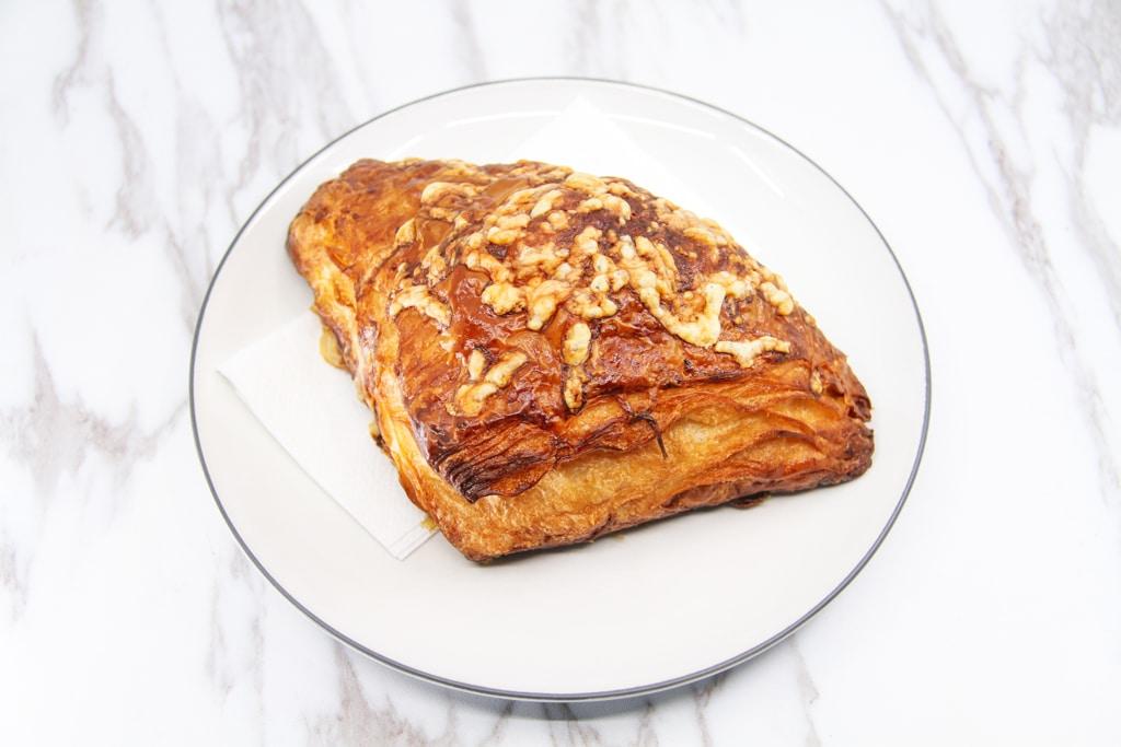 image of croque monsieur croissant